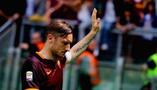 Francesco Totti Akan Pensiun Setelah 24 Tahun