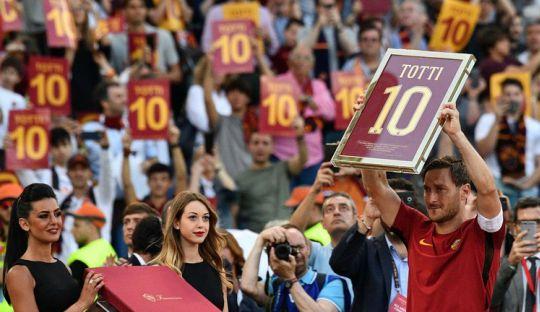 Perpisahan Emosional Francesco Totti