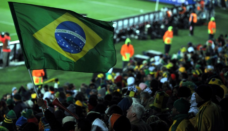 Sia-siakan Peluang, Renato Augusto Dicemooh Fans Brasil
