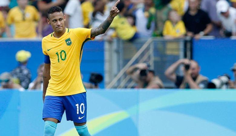 Pikul Beban Terlalu Berat, Neymar Tak Mau Lagi Jadi Kapten Brasil