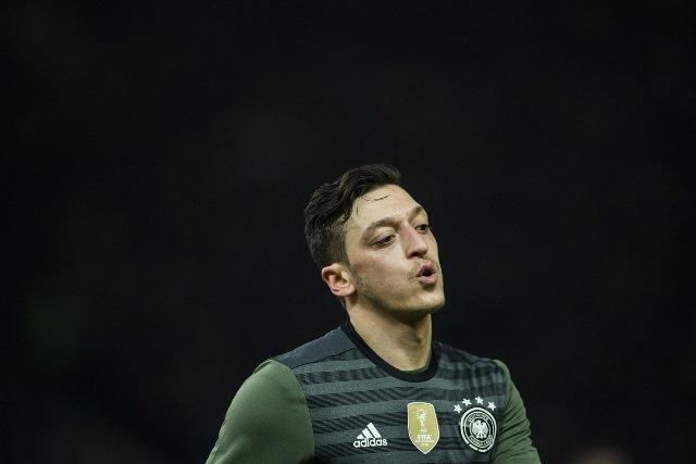 Mesut Ozil Nodai Sejarah Kesuksesan Jerman Mengeksekusi Penalti
