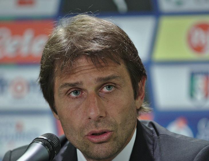 Conte: Saya Bisa Membuat Para Pemain Chelsea Selevel Lionel Messi