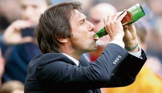 Pemainnya Minum Bir Setelah Pertandingan Tak Masalah Bagi Conte