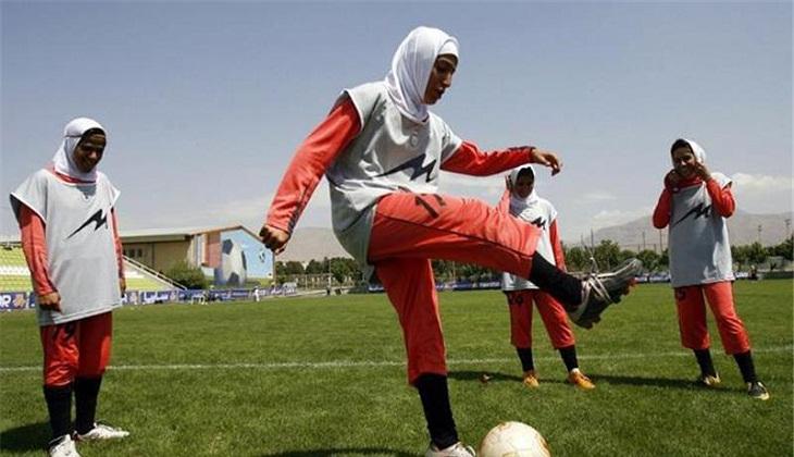 Kerudung dan Perjuangannya untuk Masuk ke Sepakbola