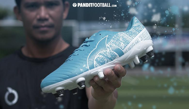 Sepatu Sepakbola Peningkat Kecepatan