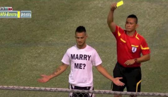 Asthon Surber Melamar Kekasihnya dengan Sebuah Gol Indah