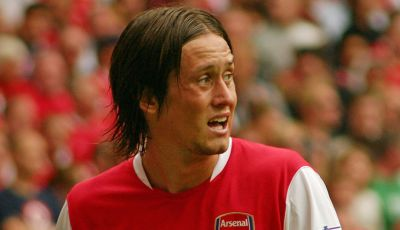 "Satu Dasawarsa Pengabdian ""The Little Mozart"" di Arsenal"