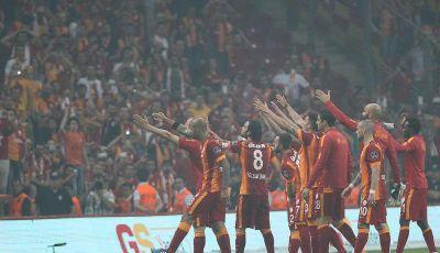 Bagaimana Istanbul Menjadi Ibu Kota Sepakbola Turki