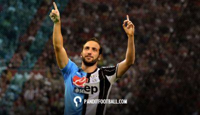 Higuain yang Memanaskan Rivalitas Juventus - Napoli
