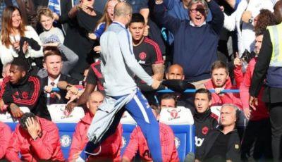 Mourinho Memancing dan Terpancing Emosi