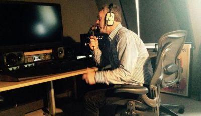 Jim Beglin: Sosok di Balik Suara Komentator PES yang Mengesalkan