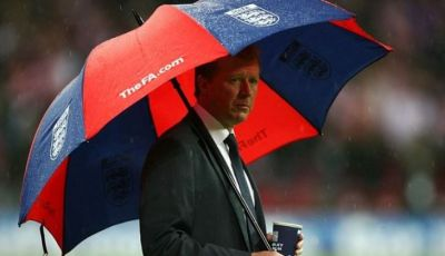 Payung (Tak) Teduh Steve McClaren