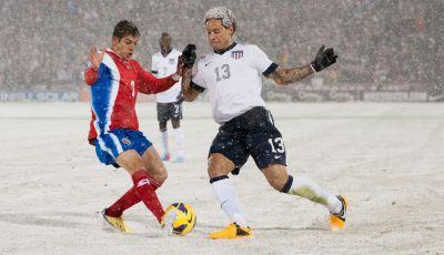 Cara Kerja Pemanas Anti Salju di Lapangan Sepakbola