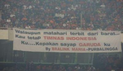 Persatuan dan Nasionalisme yang Terjalin di dalam Stadion